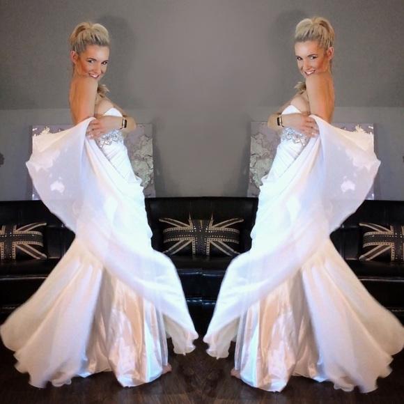 Tony Bowls Dresses | White Chiffon Strapless Evening Gown | Poshmark